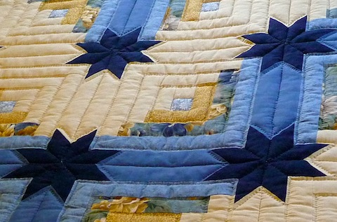 Amish Handmade Quilt Colorado Log Cabin Pattern