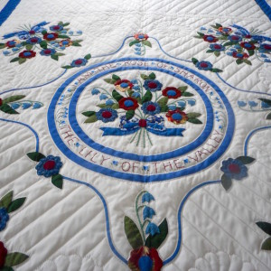 Rose of Sharon Amish Quilt