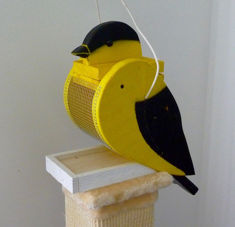 Amish Bird Feeder