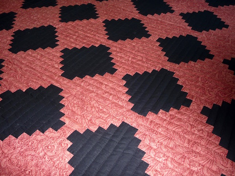 Courthouse Steps Amish Quilt Pattern