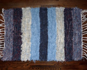 handmade hand loomed Amish rug for sale