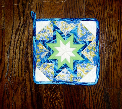 Amish Folded Star Pot Holder