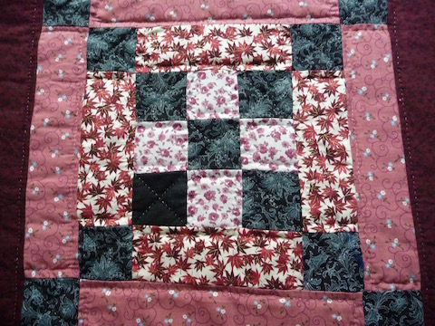Log Cabin Amish Quilt For Sale