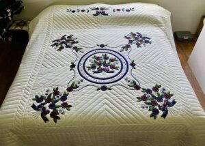 handmade amish quilt for sale Rose of Sharon